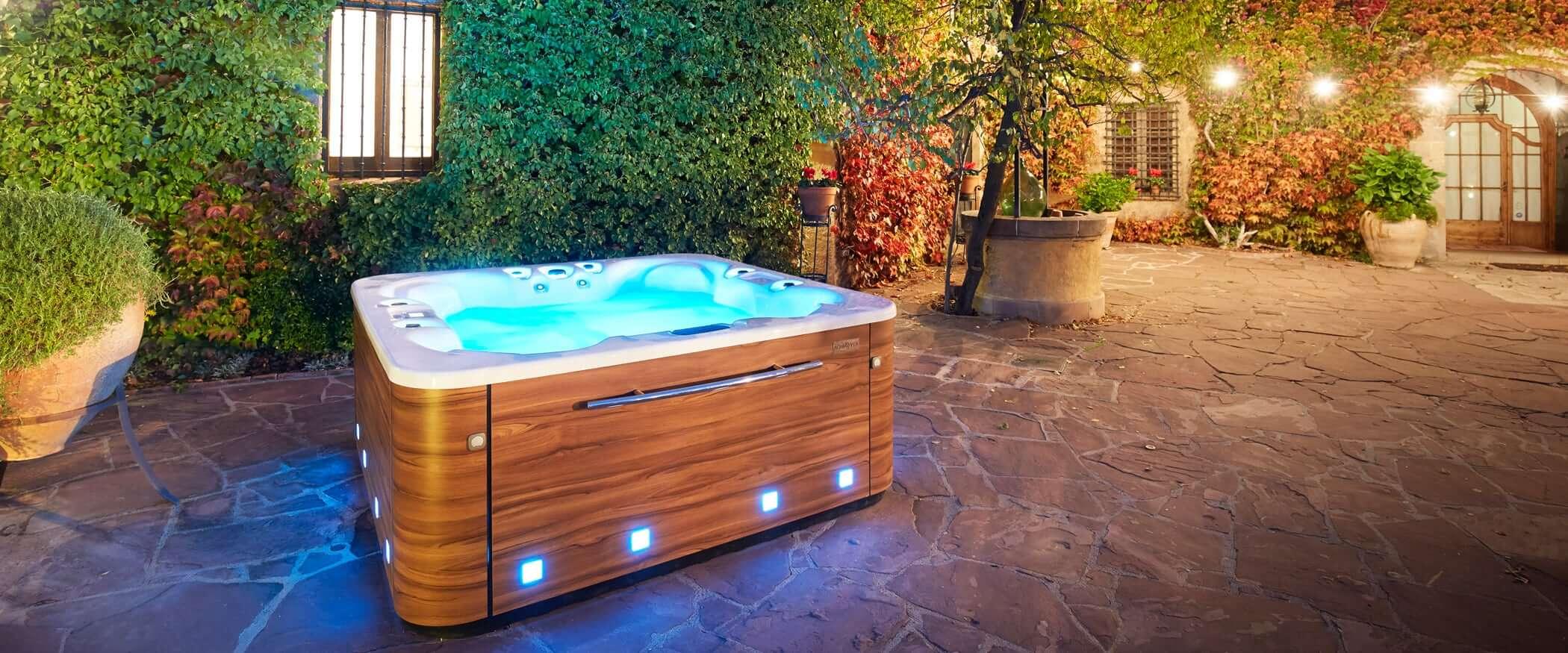 spa sunset jacuzzi ext rieur et int rieur 6 places. Black Bedroom Furniture Sets. Home Design Ideas
