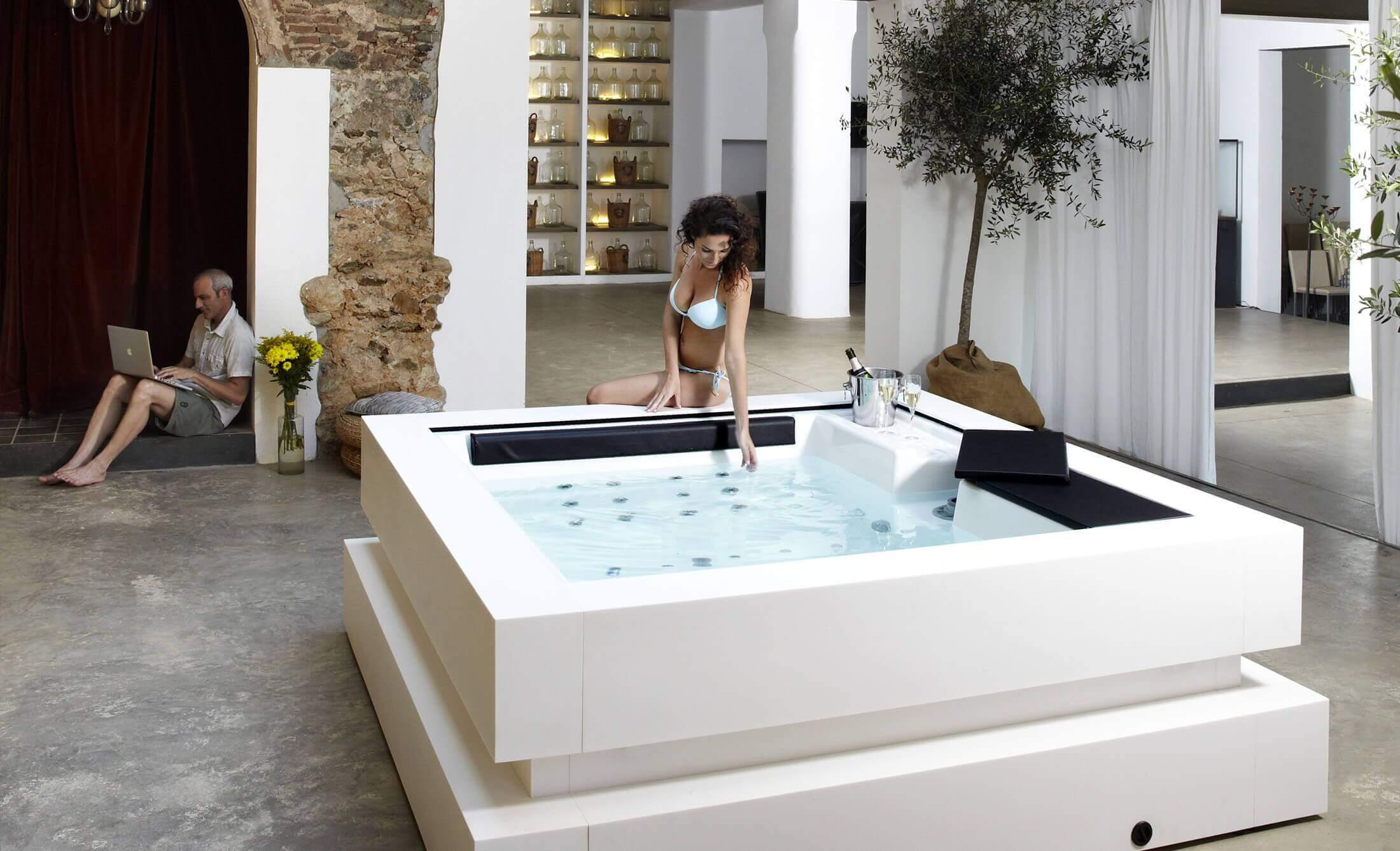 Jacuzzi d'intérieur Cube - Aquavia Spa France